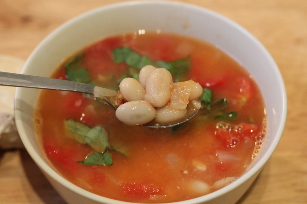 Tomato and white bean soup with basil