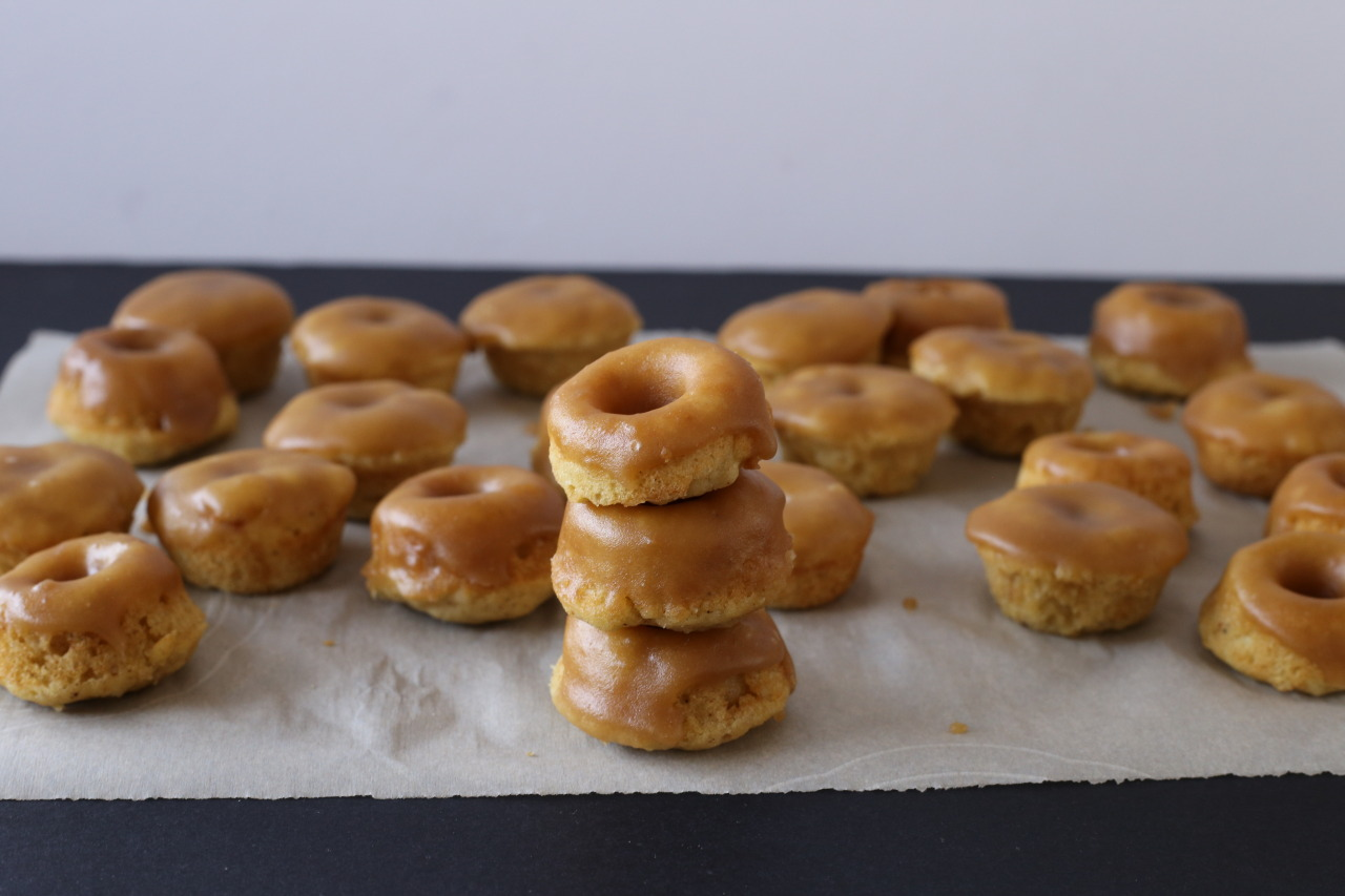 Gingerbread maple donuts