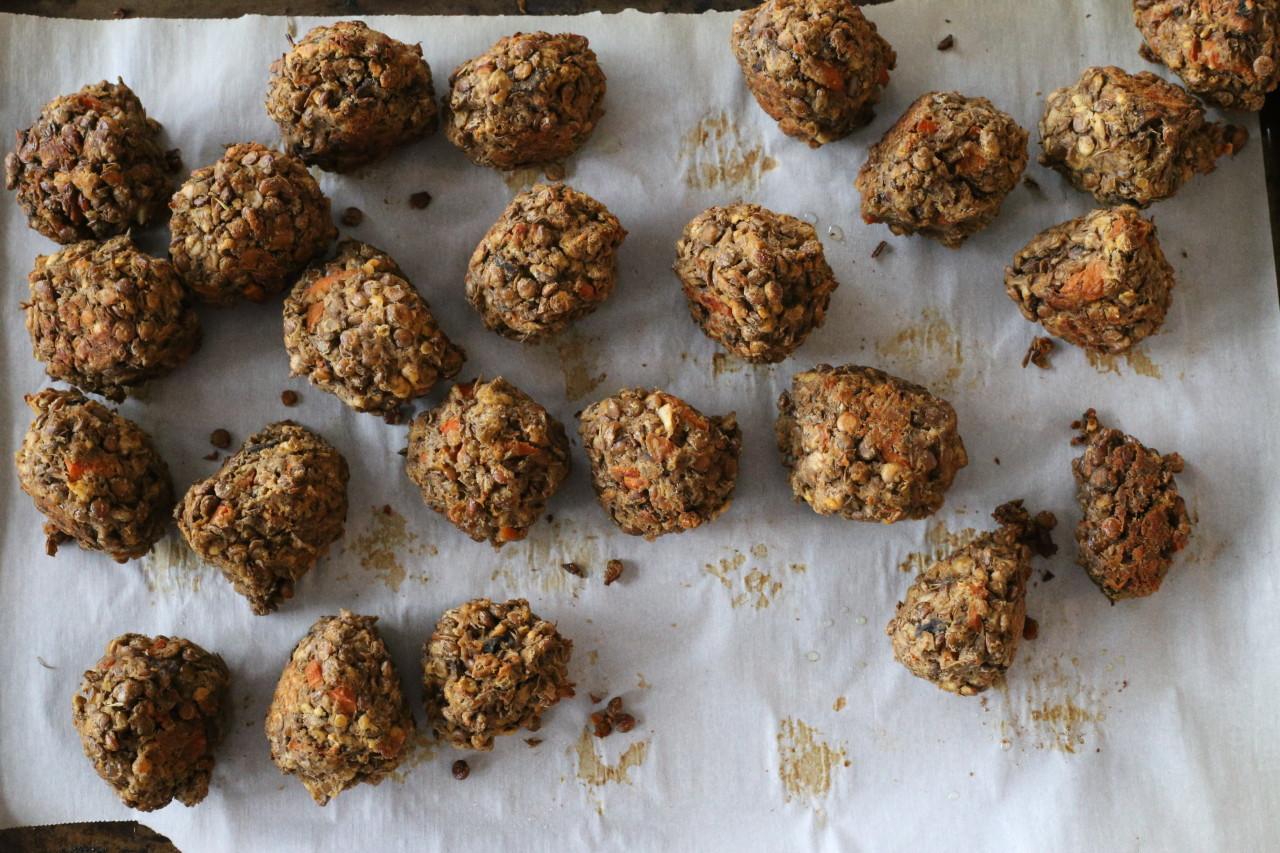 Vegan lentil meatballs