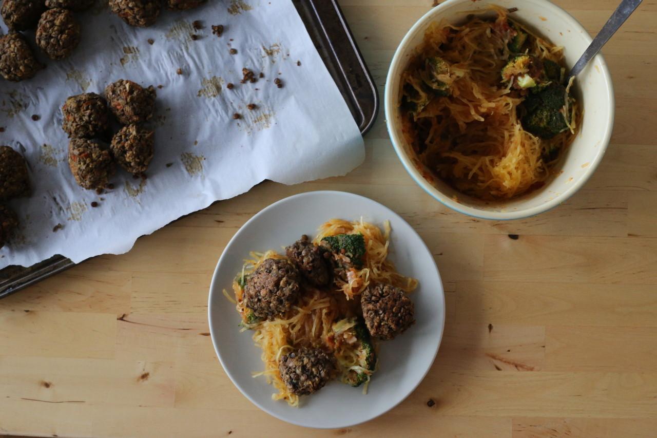Spaghetti squash with vegan lentil meatballs