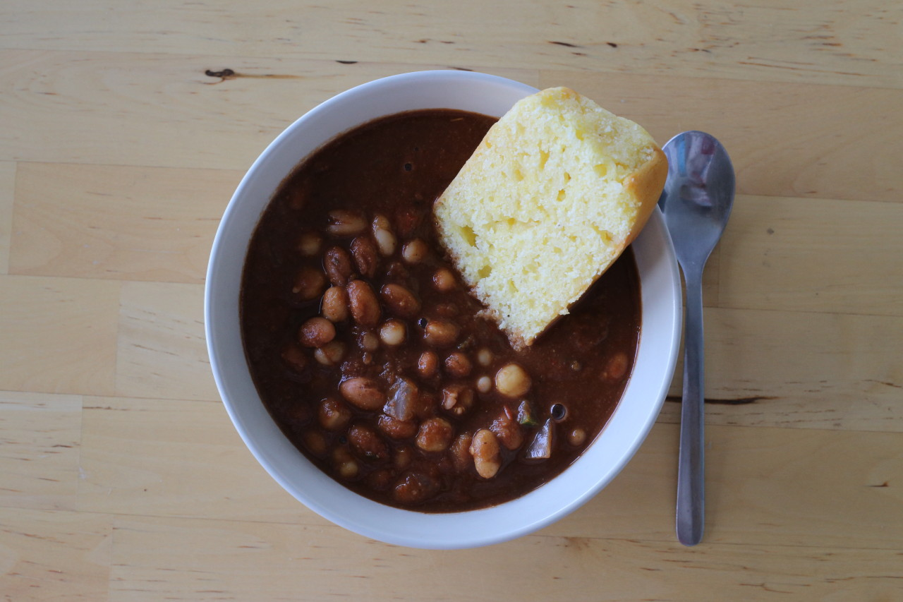 Easy vegan three bean chili